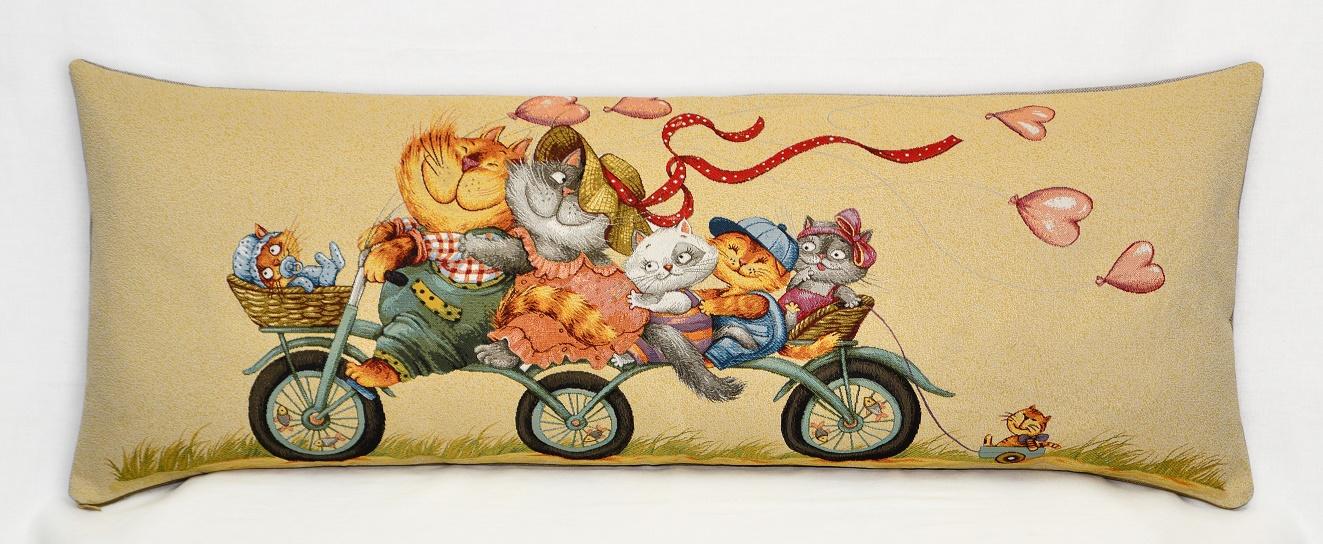 Гобелен велопрогулка кошки