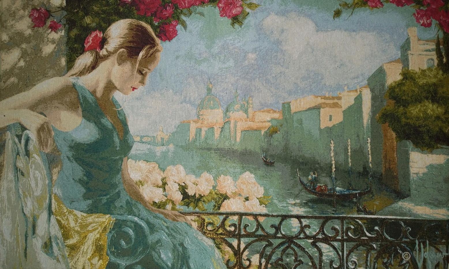 гобелен девушка на балконе