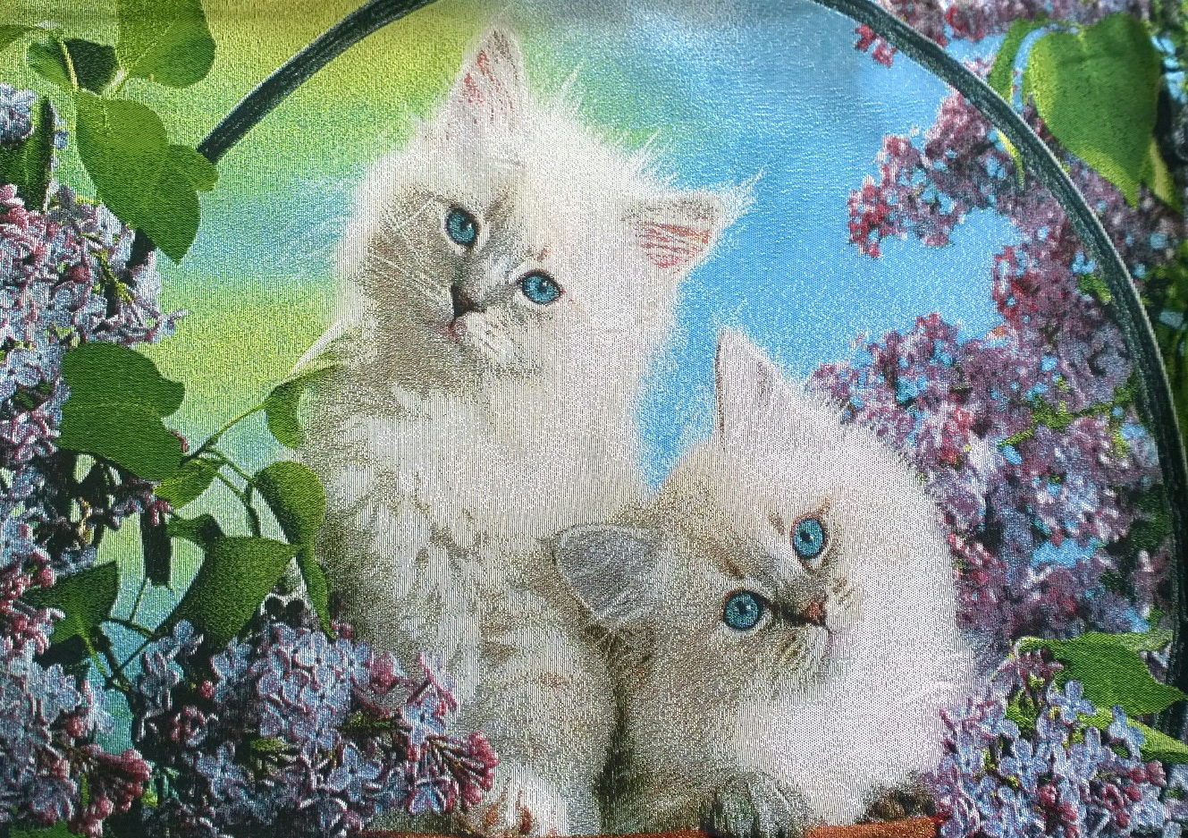 Купить гобеленовую наволочку белые котята